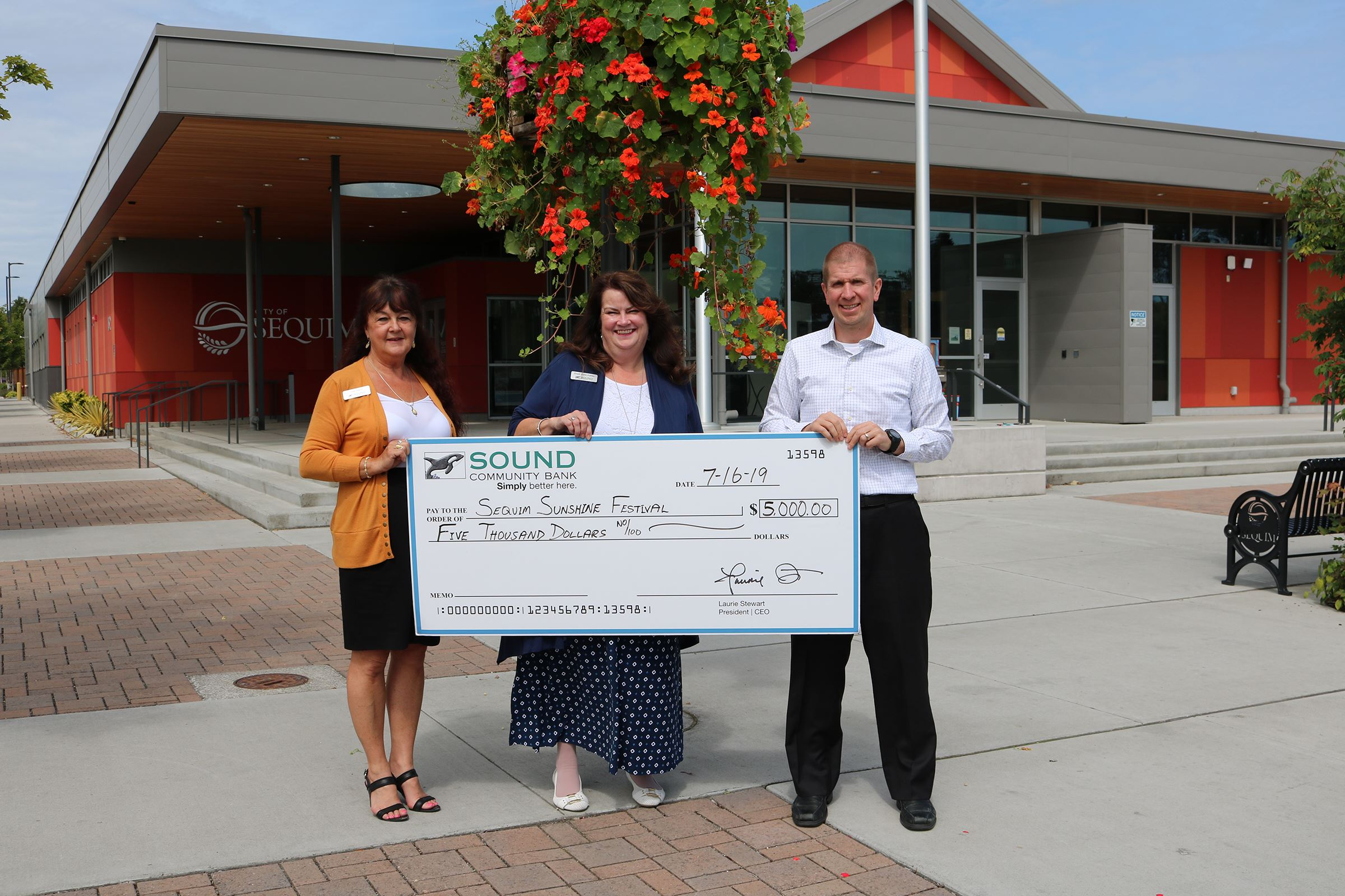 Sound Community Bank Sponsors Sequim Sunshine Festival